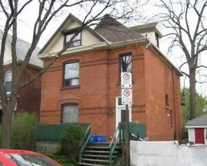 Updated - 1-Bedroom apartment in Durand area