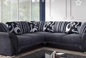 FREE POSTAGE🚚🚚🚚Large shannon corner sofa set with all seater back cushions