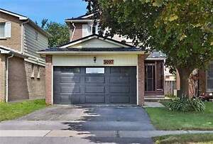 Wonderful Opportunity! 3 Bedroom Detached House At Great Deal!