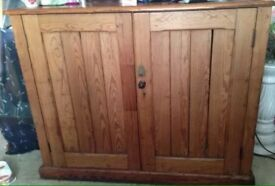Large Victorian pitch pine cupboard chubb & son lock & key