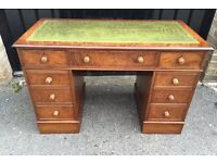 Antique style desk