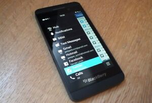 Blackberry Z10 rogers/chatter excellent condition