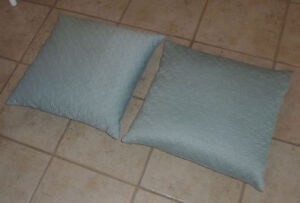 Pair of feather filled throw cushions $ 5, throw $ 5