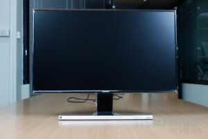 "Moniteur Samsung 27"" Full HD"