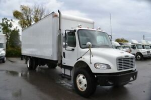 2008 FREIGHTLINER M2106 S/A STRAIGHT TRUCKS