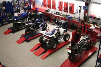The Doctor Mobile Motorbike mechanic