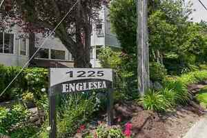 Beautifully Updated Two Bedrooms Condo in White Rock
