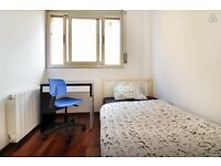**Comfortable And Affordable Single Rooms In Greenwich** Special Offer Of £120 p/w!!