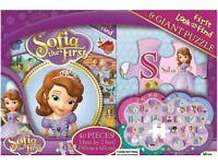 Book & Giant Puzzle (3ft x 2ft) Pack DISNEY Sofia the First