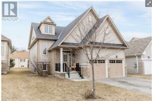 LOOK! Wasaga 2br/2ba unfurn house for rent close to everything
