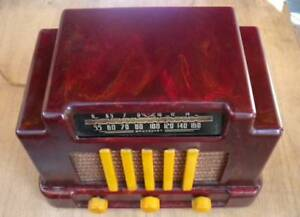 ADDISON MODEL R5A3 ART DECO COURTHOUSE CATALIN RADIO BAKELITE