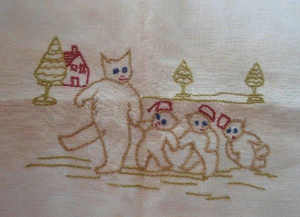 Vintage Teddy Bears Family Red Embroidered Pillow Sham Linen Wall Art