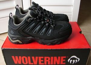 Womens Steel Toe Safety Shoes (NEW – still in box) Wolverine