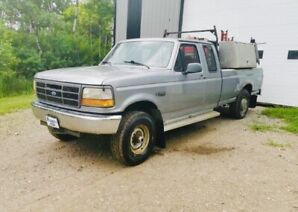 1996 F-250 XLT - COMES WITH WELDER & SKID!