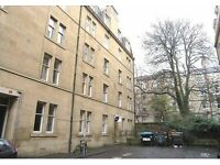 Students/Professionals : 2 bedroom flat at Meadows / Edinburgh Uni