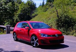 2015 Volkswagen GTI Performance Package Fully Loaded