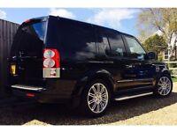 Black Landrover Discovery HSE 3 litre V6 turbo diesel