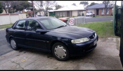 HOLDEN VECTRA 2002 MANUAL