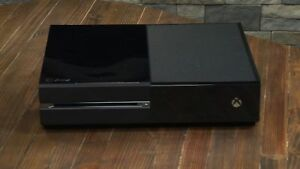 500GB BLACK XBOX ONE SYSTEM (READ AD)