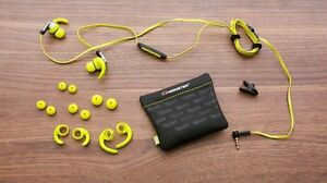 Monster iSport Victory headphones