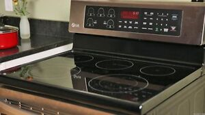 6.3 cu ft  LG Electric Range with True Convection