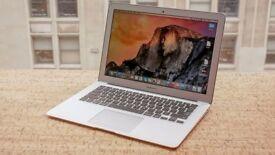 Macbook AIR 13 inch , i5 - 4GB - 256GB . Office , Adobe , Final cut