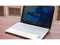 """Sony VAIO E Series 11.6"""" - E2-1800 - 4 GB RAM - 500 GB HDD - QWERTY"""