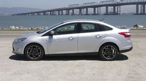 Reduced 2012 Ford Focus SE Sedan - must sell