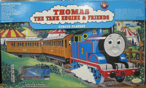 LIONEL - THOMAS the TANK ENGINE CIRCUS Train Set - O Gauge
