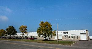 Local commercial /entrepôt à louer Parc Colbert Ste-Foy (Québec)