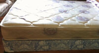Double size Mattress + boxspring, new condition