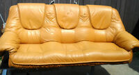 Genuine LEATHER Gaming COUCH Theater Sofa Lt. WEIGHT 1 Man Carry