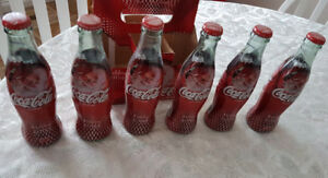 Coca Cola full 6 pack of Holiday 2004 edition bottles in case