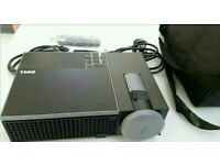 pristine condition Dell 1510x projector with carrycase and original remote control.