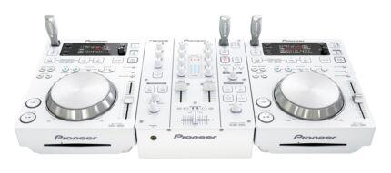 PIONEER 2x CDJ-350 & 1x DJM-350 White Limited Edition Success Cockburn Area Preview