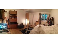 Double Room To Rent - Working Female