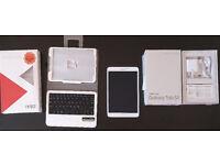 "Samsung Galaxy Tab S2 8"" with Keyboard case"