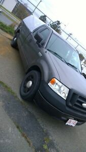 PRICED TO SELL 2006 Ford F-150 Pickup Truck St. John's Newfoundland image 5