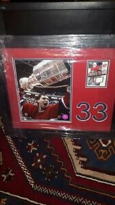 Signed certified framed Patrick Roy picture