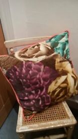 Pretty flower cushion