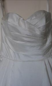Brand new Ivory Sophia and Camilla wedding gown