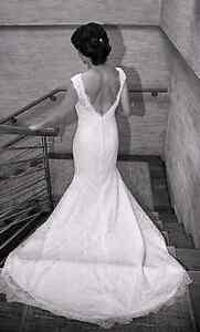 STUNNING BRIDAL DRESS