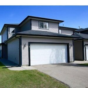 Home for rent Airdrie Available Aug 15