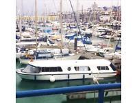 Cruiser Houseboat / Live Aboard