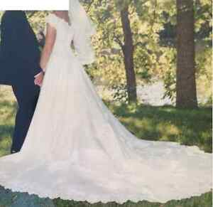 Wedding Dress for Sale Peterborough Peterborough Area image 1