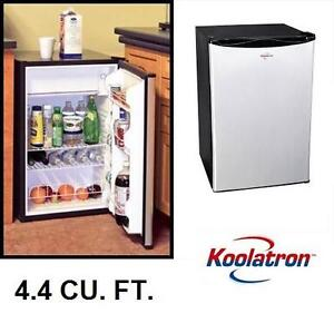 NEW KOOLATRON COMPACT MINI FRIDGE 4.6. CU. FT. KOOL COMPACT FRIDGE IN STAINLESS STEEL - REFRIFGERATOR 105779632