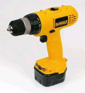 Dewalt 12v Driver with battery and charger.