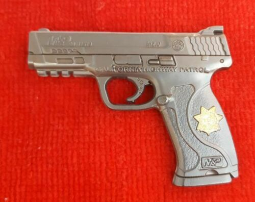 CALIFORNIA HIGHWAY PATROL S&W MP40 PISTOL COIN (ELA CHP LAPD POLICE NOT NYPD)