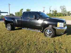 "2008  DIESEL Chev ""DUALLY"" Pickup 3500 LTZ LEATHER"