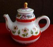 Porcelain Art Teapot